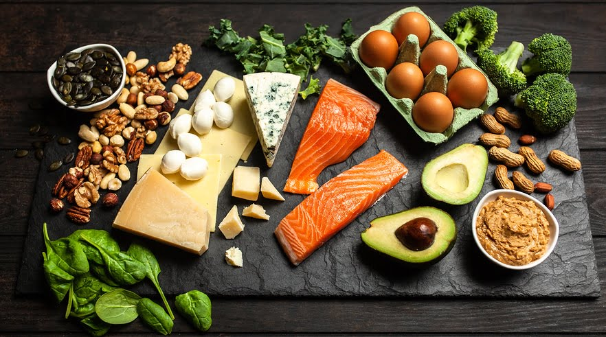 dieta chetogenica a base di carne